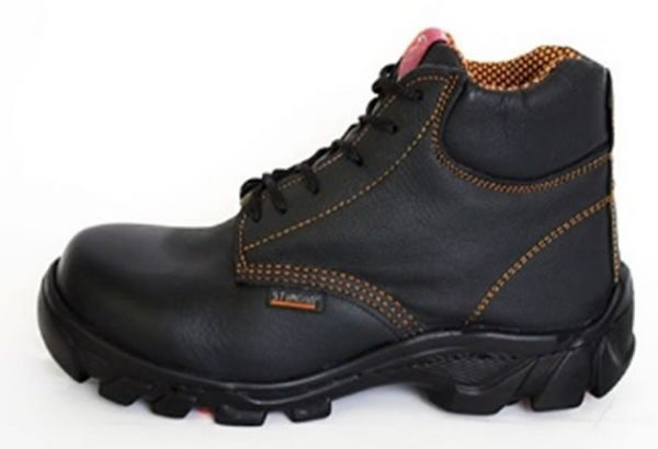 calzado de seguridad con casco de policarbonato